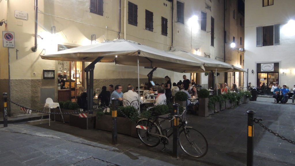 Terras in Oltrarno, Florence