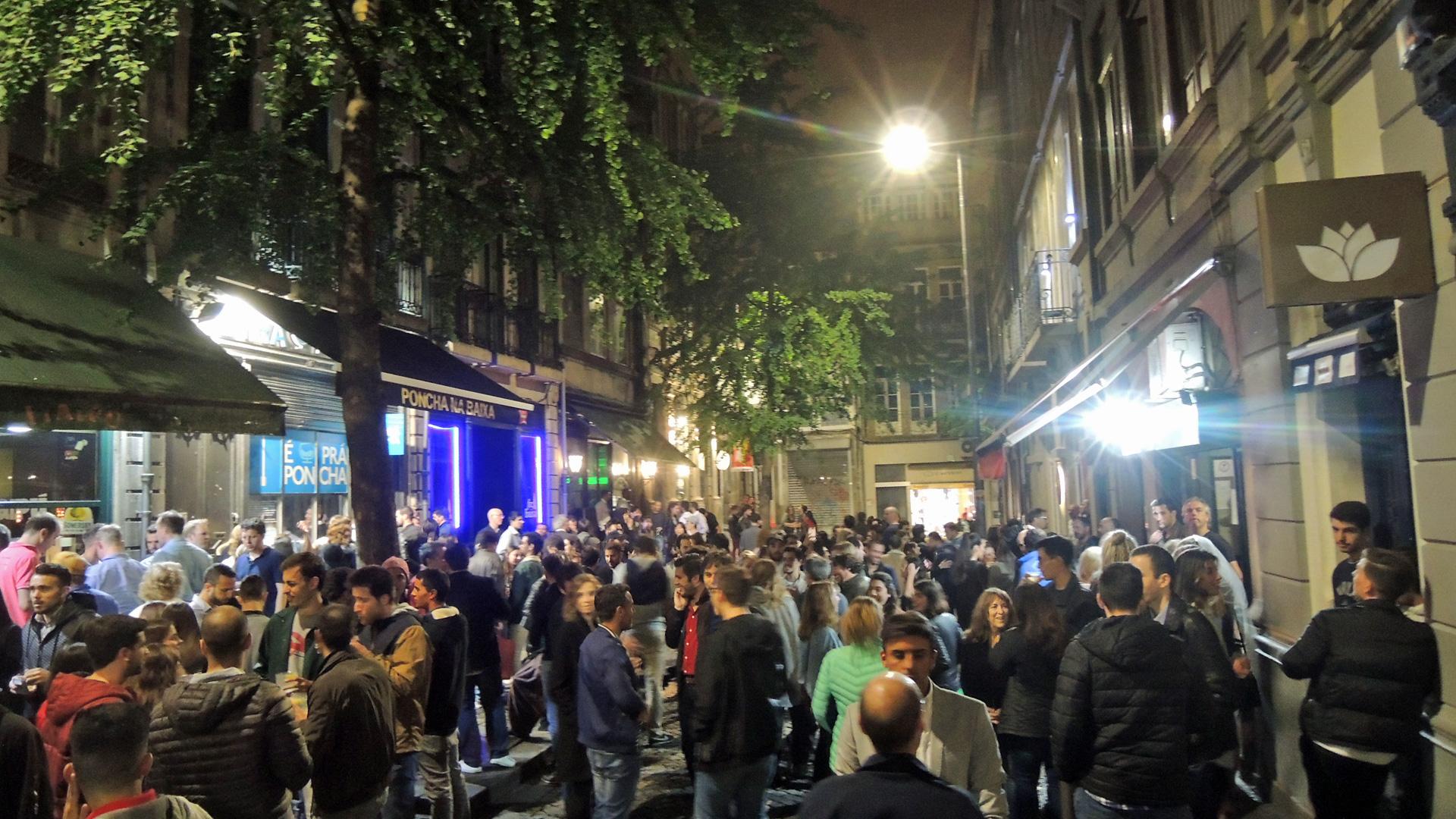 Uitgaan in Porto rondom Cândido dos Reis