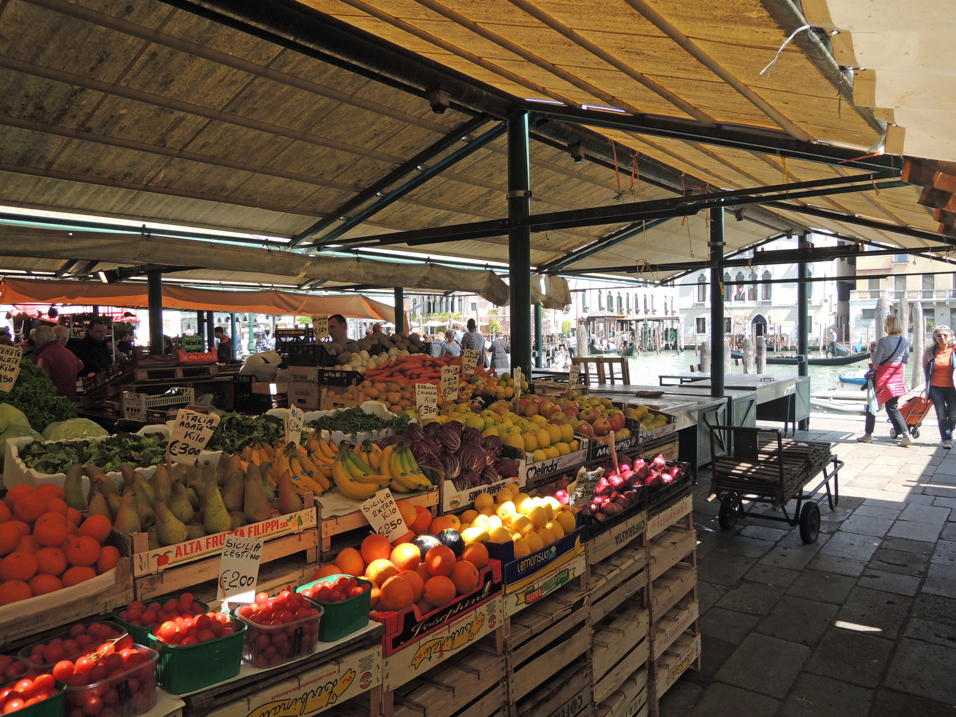 Mercato di Rialto, Erberia