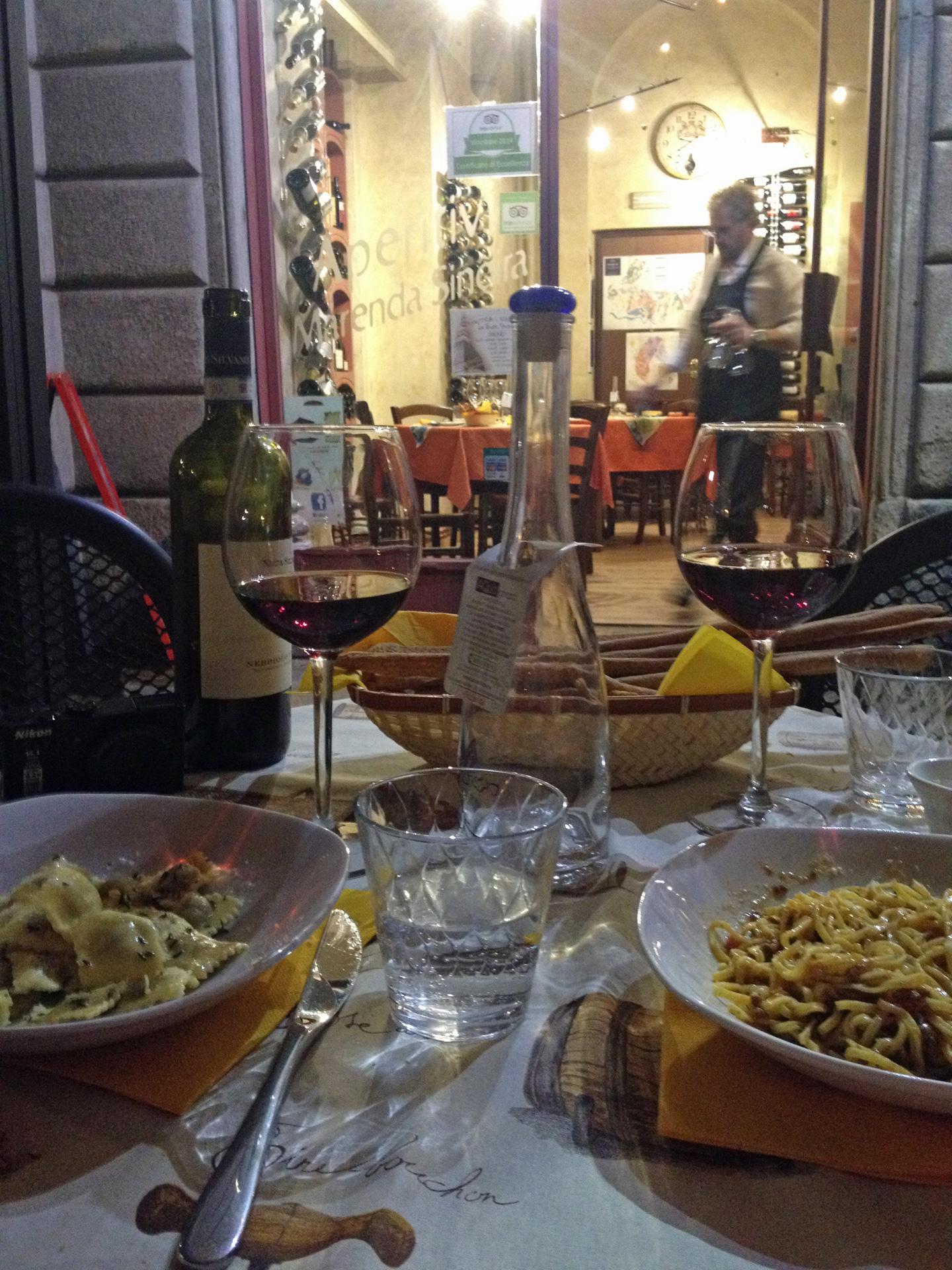 """Heerlijk eten en de beste wijnen bij Enoteca Vineria """"La Buta Stupa"""""""